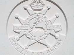 Capbadge of the Notts & Derby Regiment (Sherwood Foresters)