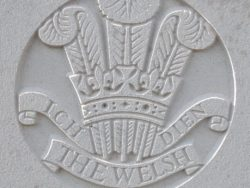 Capbadge of the Welsh Regiment