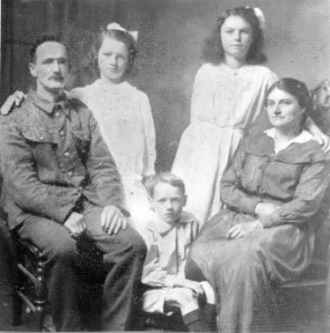 Albert Panting and family taken during the Great War